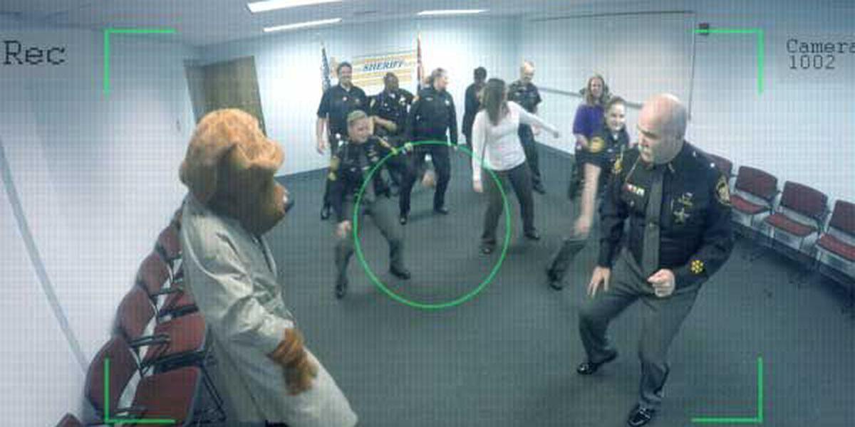 Butler Co. sheriff teaches crime dog to 'Whip/Nae Nae'