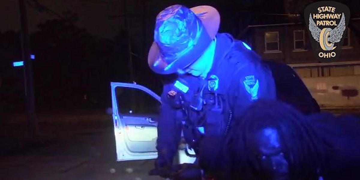 VIDEO: Traffic stop scuffle leads to surprise arrest of murder suspect