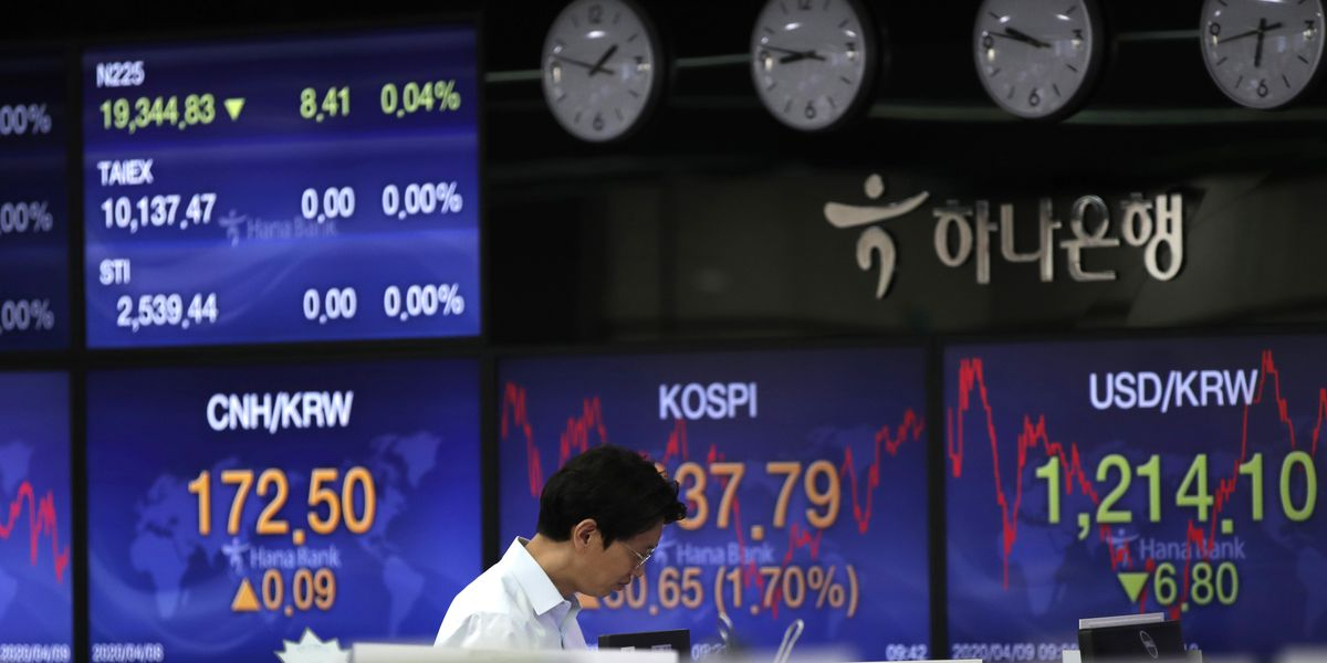 Stocks rise ahead of US labor report, oil up on output talks