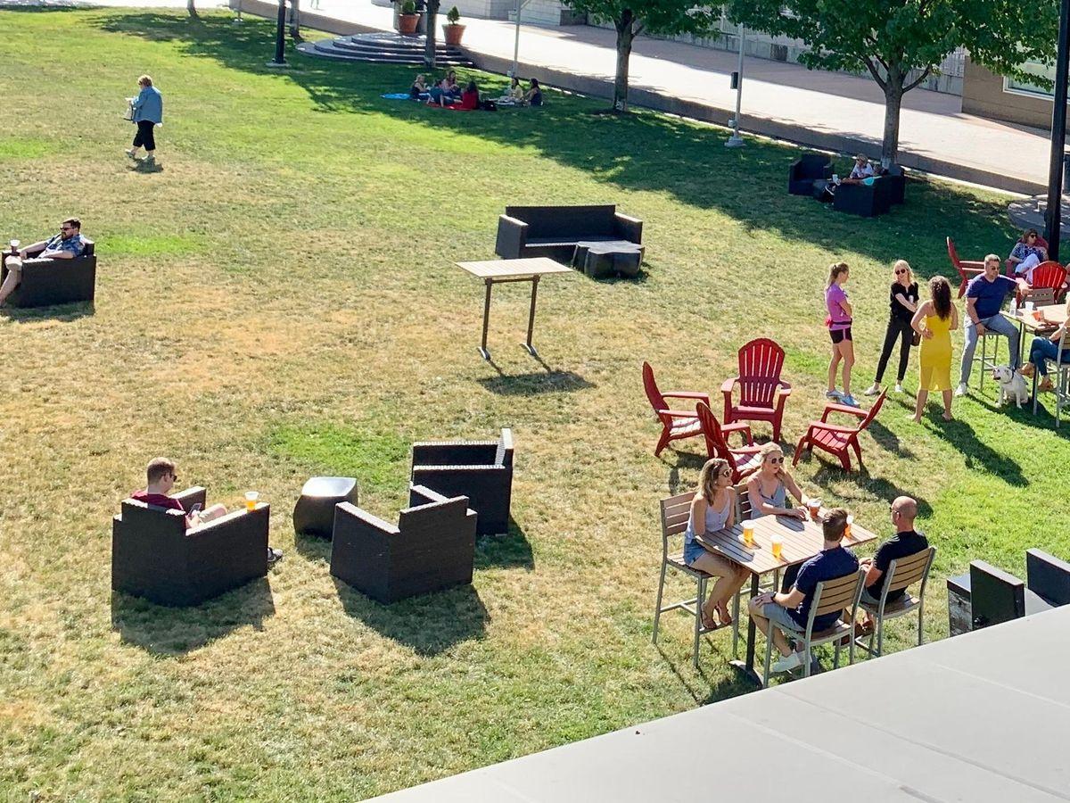 Moerlein Lager House, Cincinnati Parks create Backyard Beer Garden