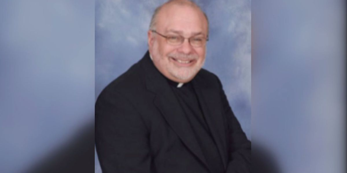 Cincinnati-area parishioners question archbishop over removal of priest