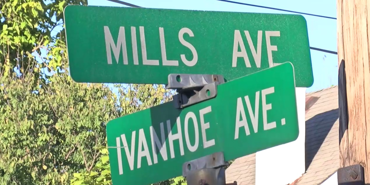 Norwood police investigating after man exposes himself to 12-year-old girl