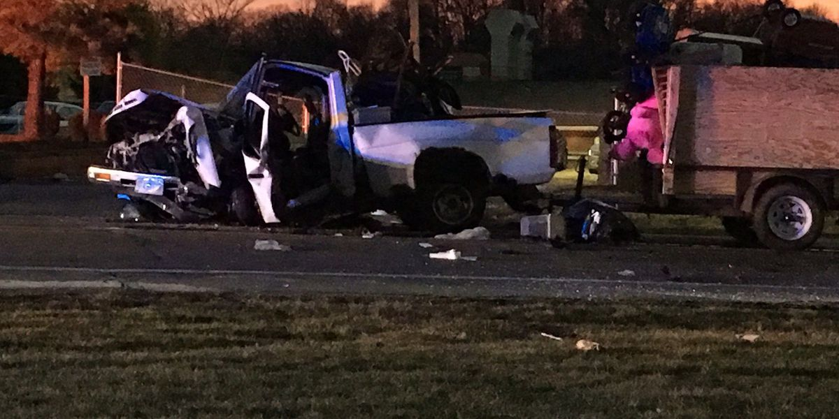 3 hurt in head-on Colerain Twp crash