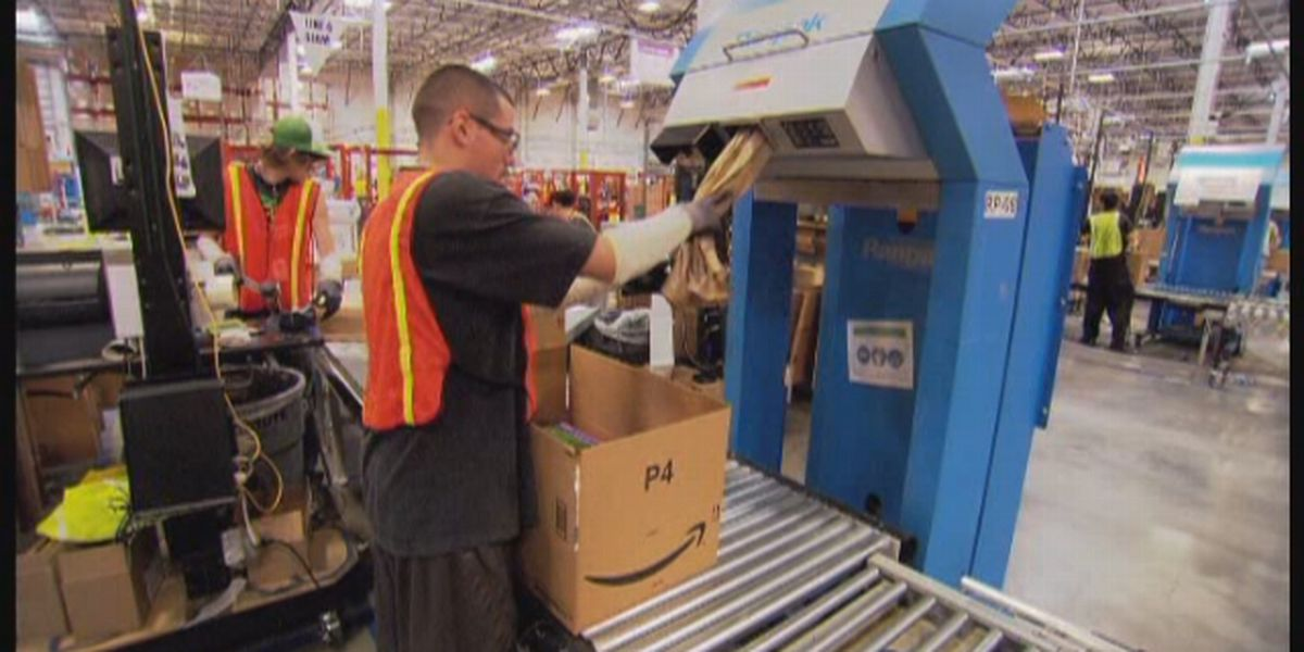 Amazon waives minimum requirement for holidays