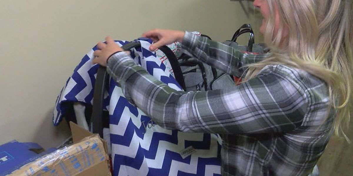 New mother upset after cashier searches car seat, pulls blanket off child