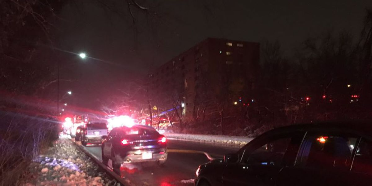 7 hospitalized, 37 displaced in Paddock Hills apartment fire