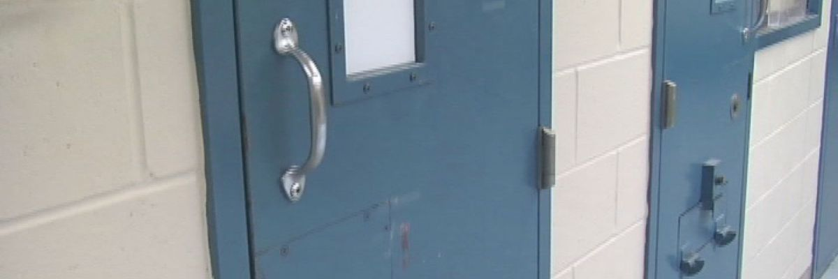 Sheriff's deputy indicted for assaulting an inmate