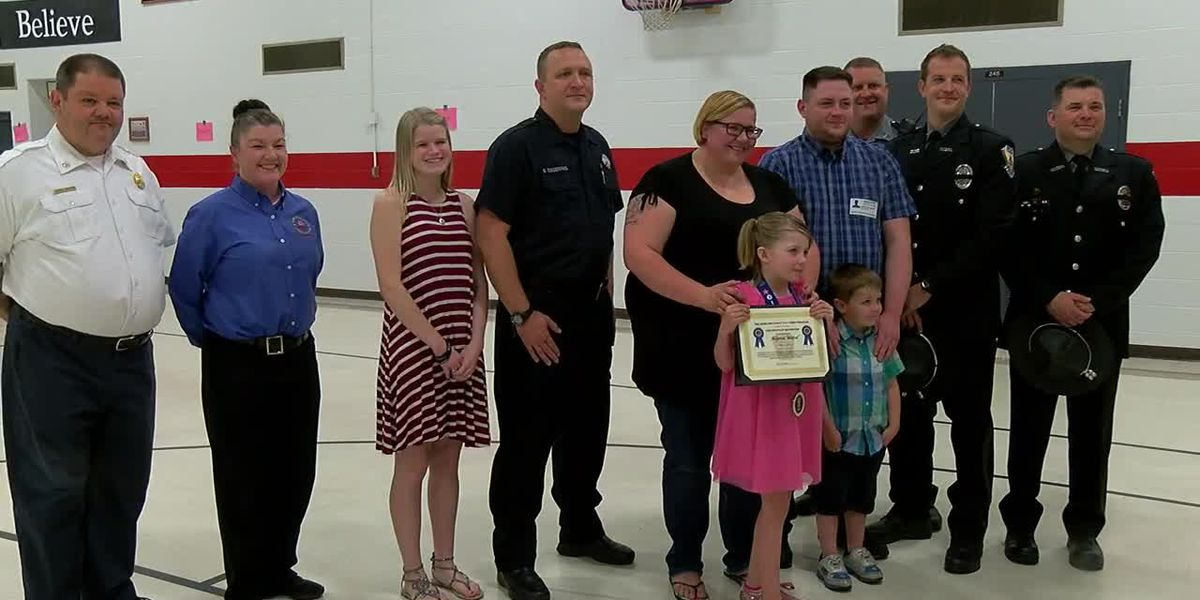 7-year-old from Delhi Twp. receives '911 Hero Award' for call that saved mom
