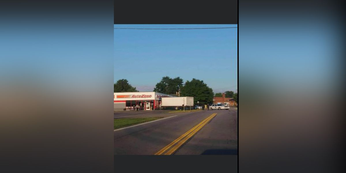 Truck crashes into Autozone during fatal wreck, troopers say