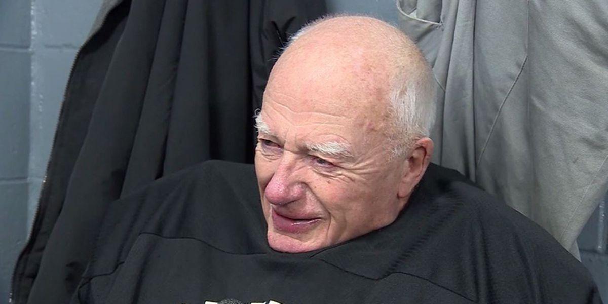 85-year-old hockey goalie defies time