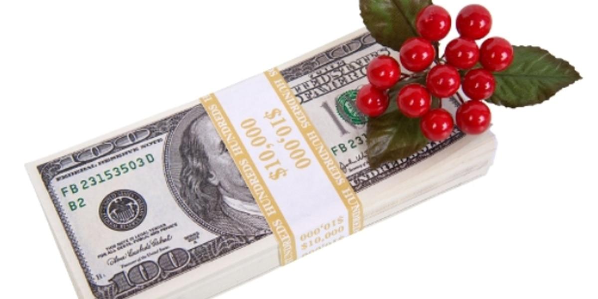 Holiday Bonuses 101: Maximize Return and Minimize Taxes