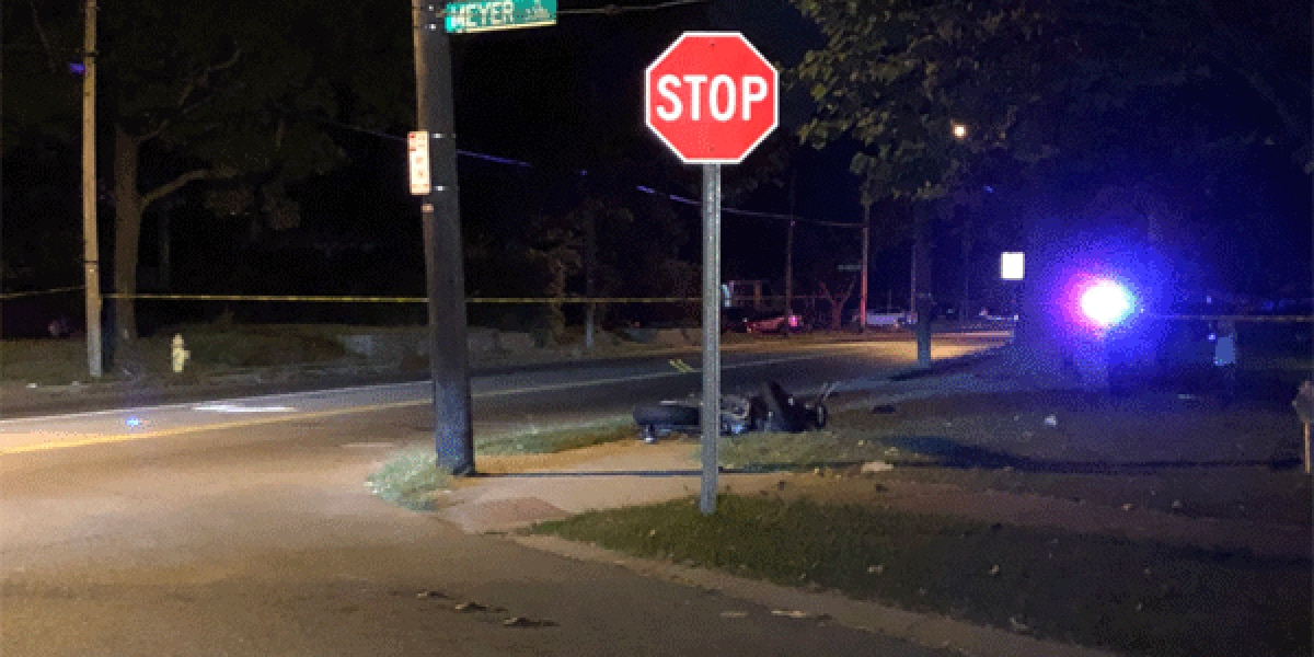 Motorcyclist critically hurt in Westwood crash