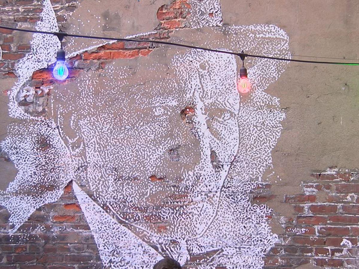 New mural at city's oldest bar celebrates forgotten Cincinnati legend