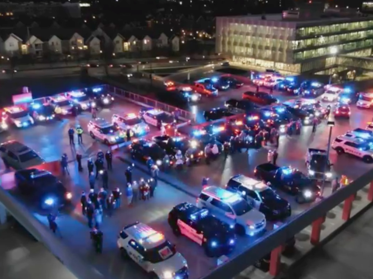 Cincinnati police put on light show for ODNR officer making recovery from shooting