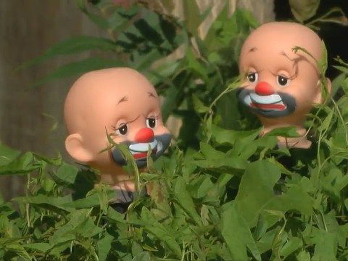 Woman upset after baby-doll display stolen from front yard