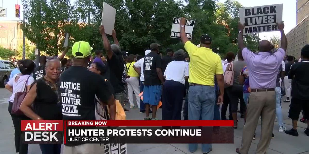 Hunter protests continue