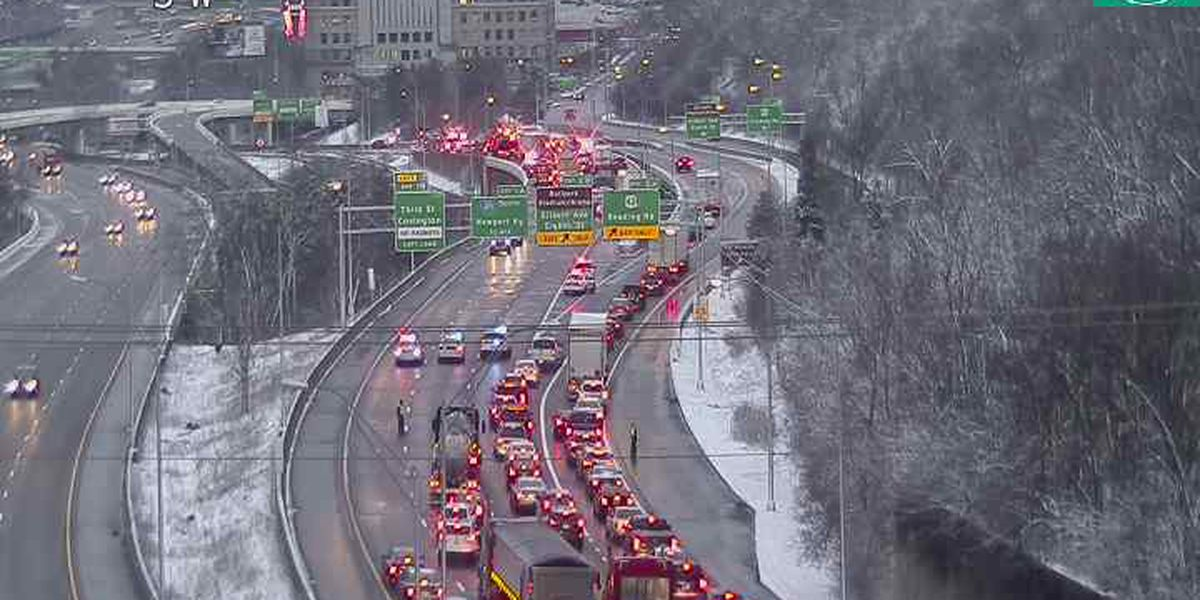 SB I-71 re-opens after 15 to 20 vehicle pileup, police say