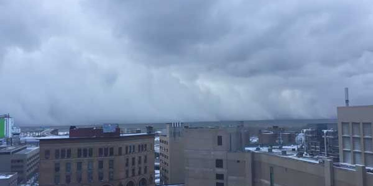 WATCH: Time lapse video shows snow moving in to city