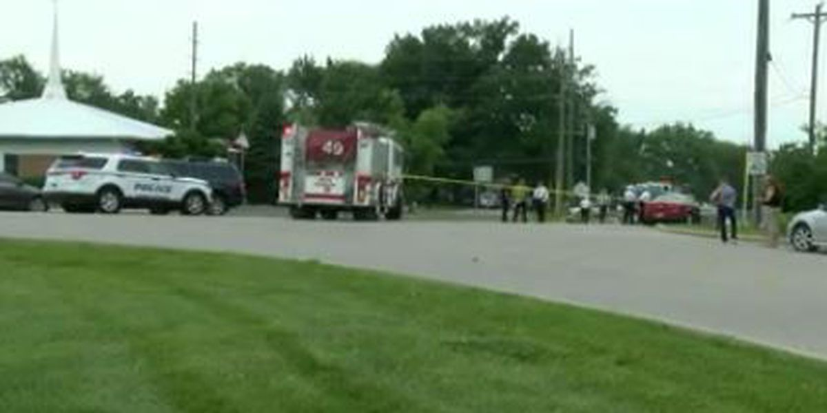2 dead, 1 injured in Clermont County crash