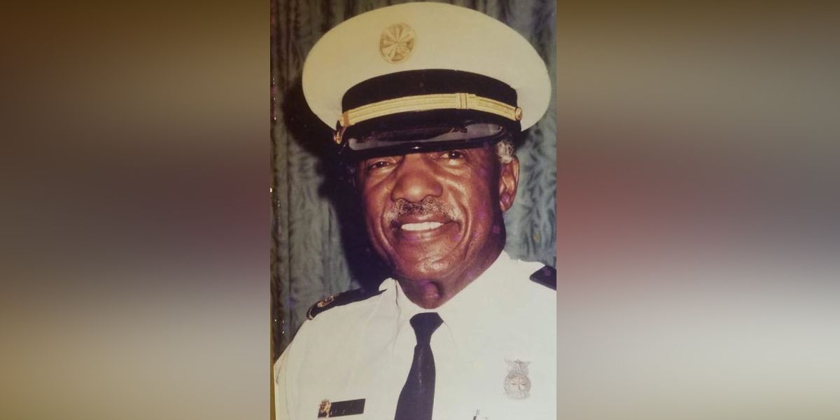 First Cincinnati African-American firefighter laid to rest