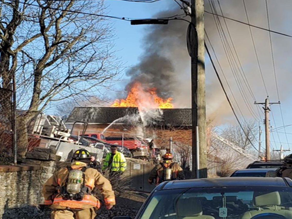 West Side apartment fire displaces 44