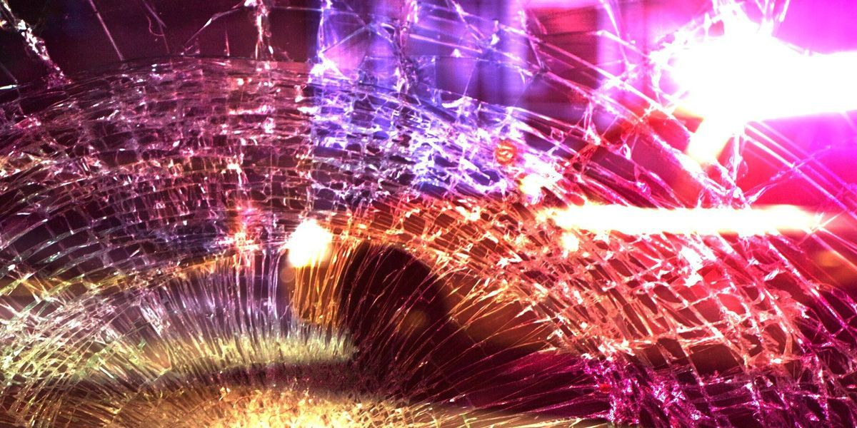 1 dead, 1 injured after Middletown 2-vehicle crash