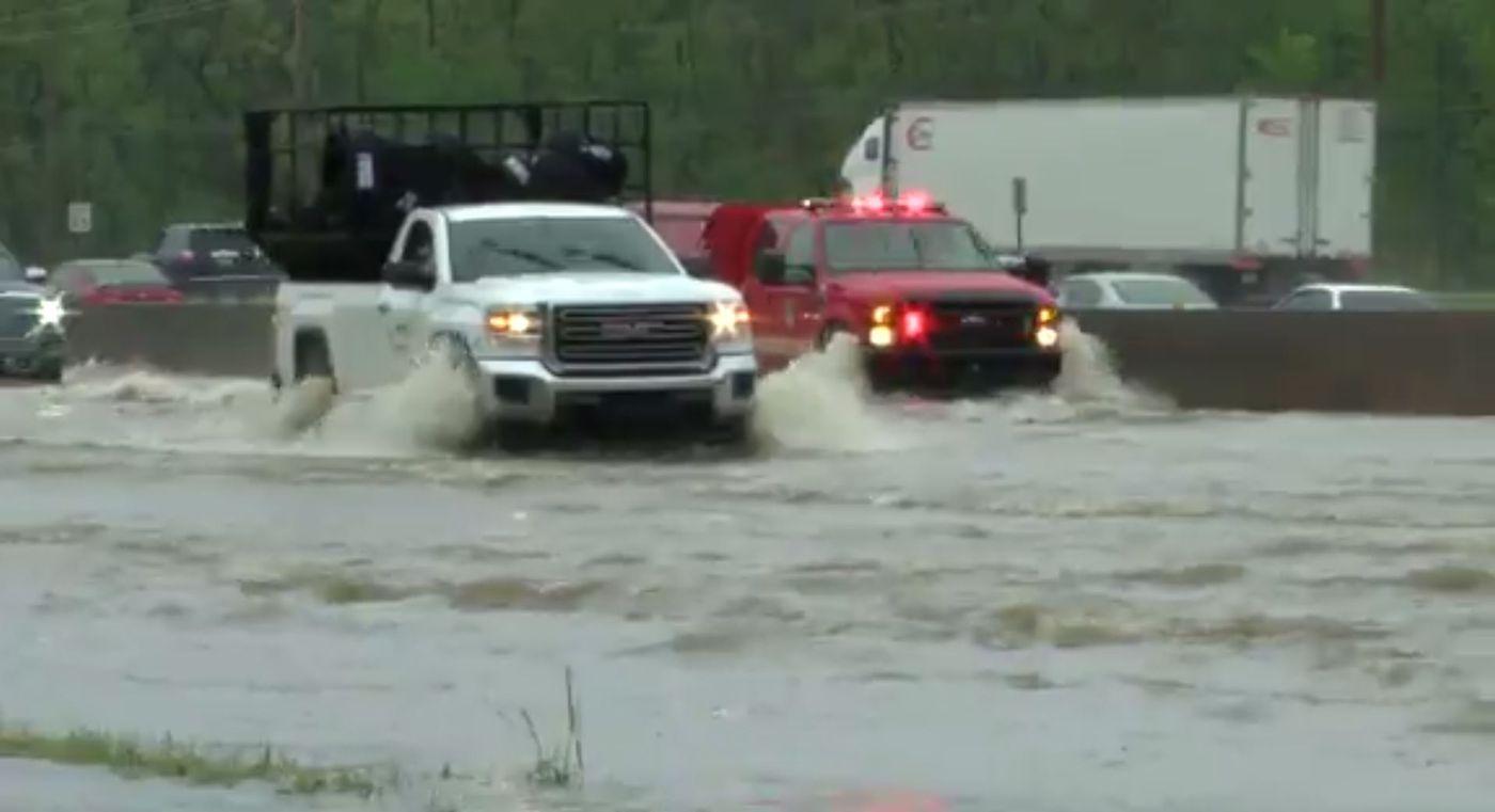 Storms again roar across South, killing 2 in Mississippi