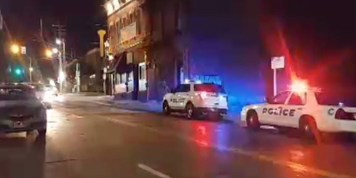Police investigate shooting in Clifton