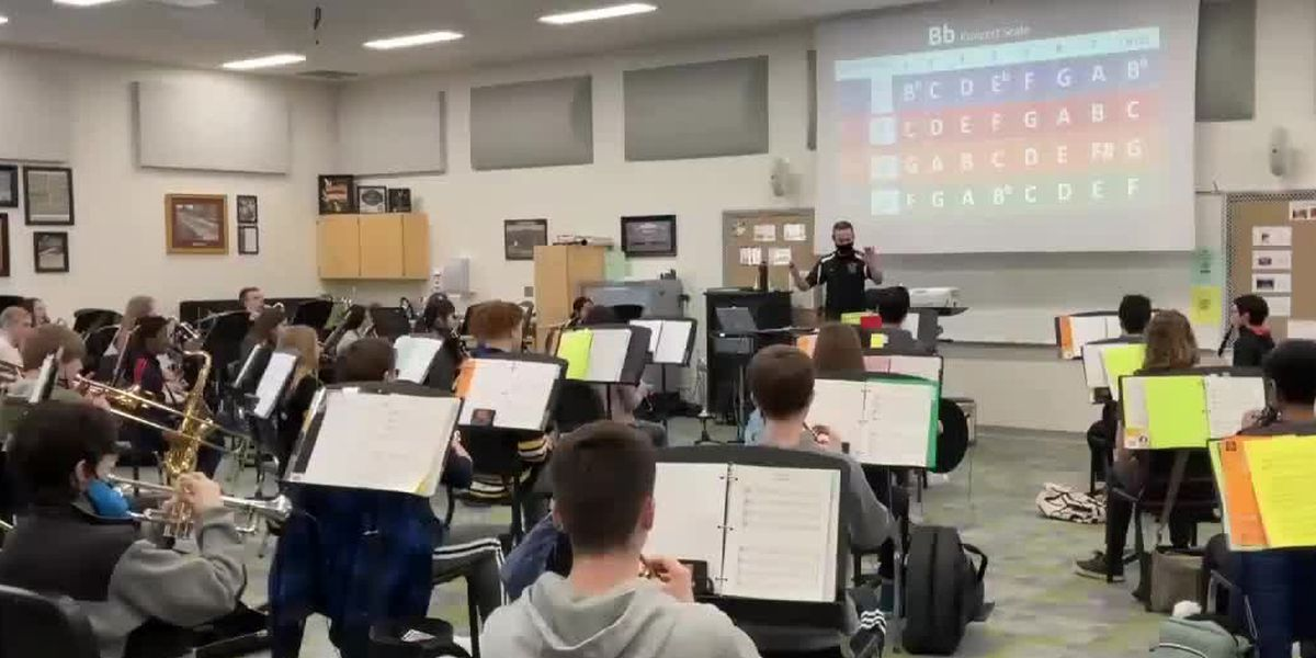 Don't miss a beat: Band director works to help students through pandemic