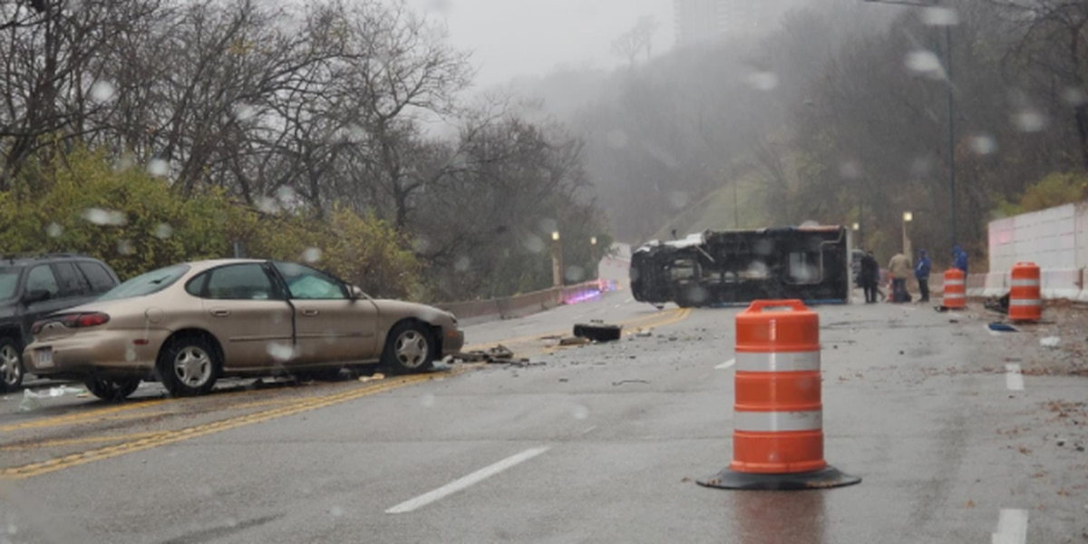Update: 28-year-old woman killed in Columbia Parkway crash, coroner says