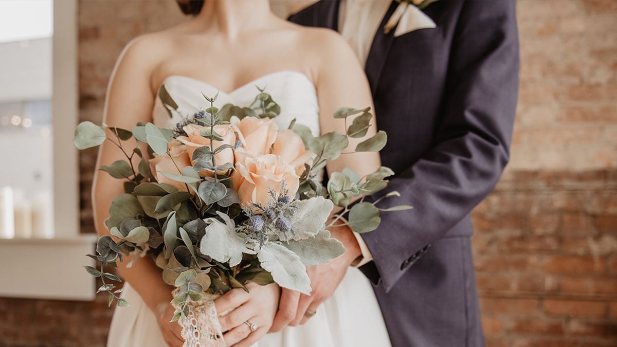 Clermont Co. farm offering free weddings to military members