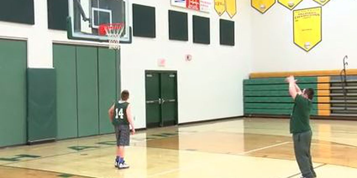 Adams County senior with Down syndrome scores with 30 seconds left on senior night