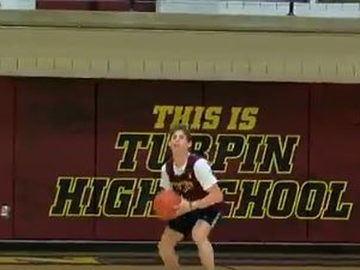 VIDEO: Turpin wins on a must-see buzzer-beater