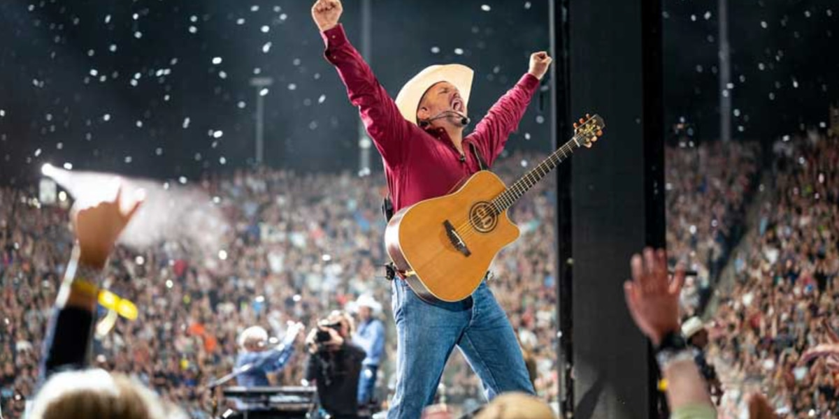 Garth Brooks reschedules Paul Brown Stadium concert