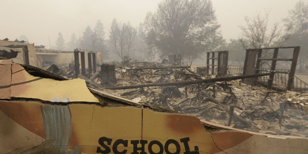 Teacher: Bus drivers evacuated students amid California fire