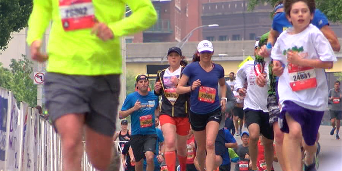 Runners take on the Flying Pig Toyota 10K