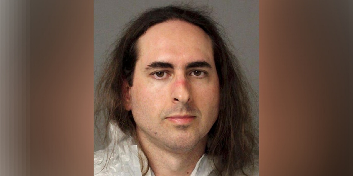 Lawyers argue about psychologist in newspaper attack case