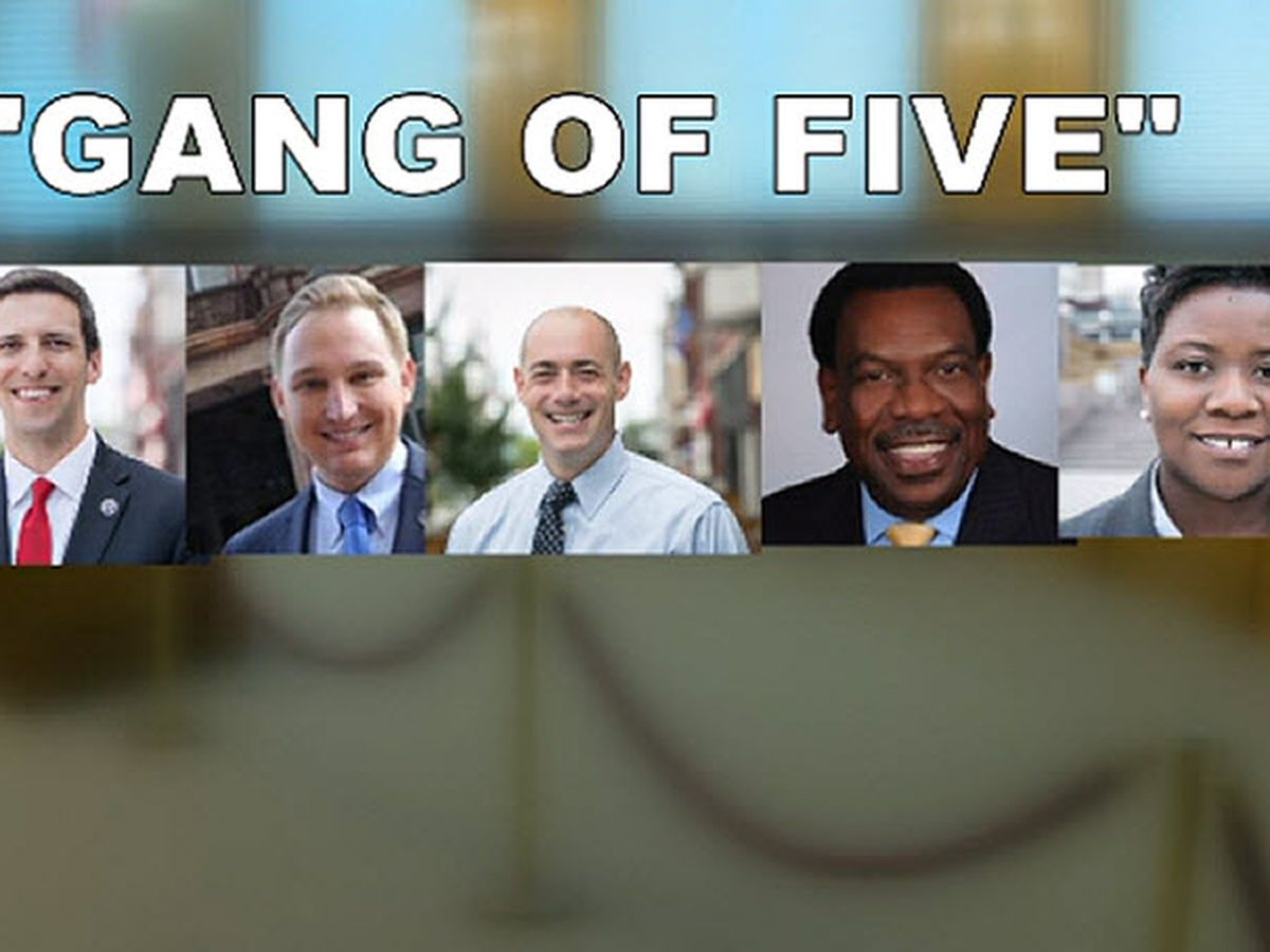 Gang of Five: Secret texts go to appeals court for private review