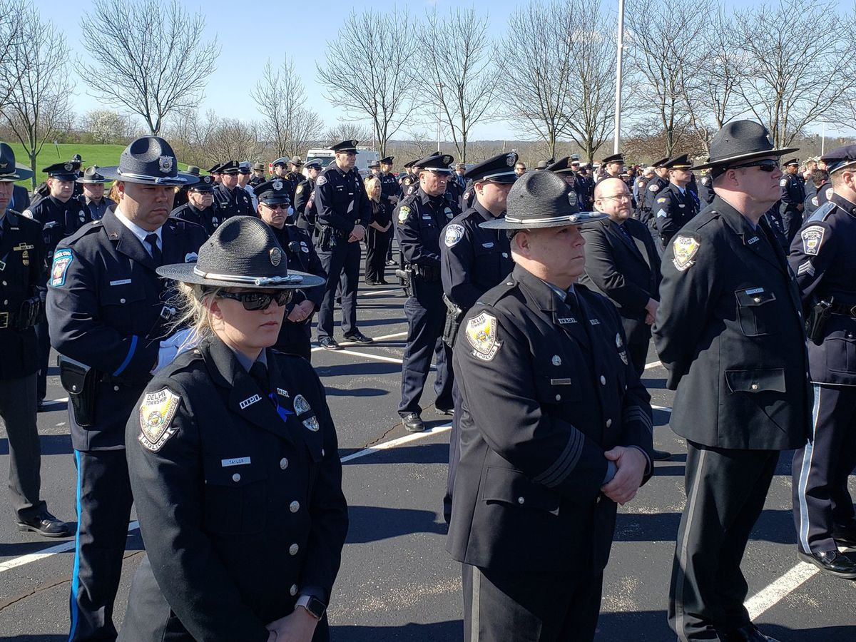 Tri-State police, community come together to honor Springdale Officer Kaia Grant