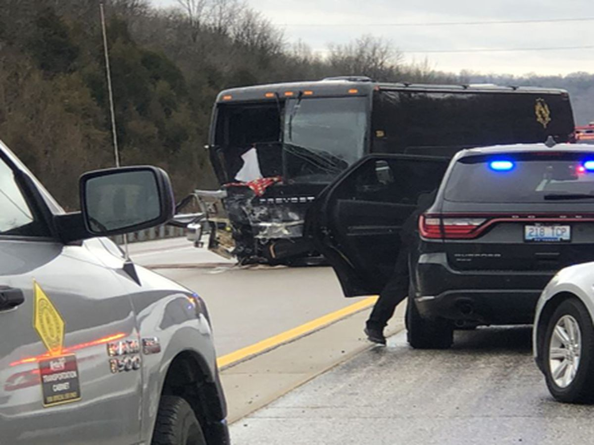 1 dead, several injured in charter bus crash carrying CovCath students