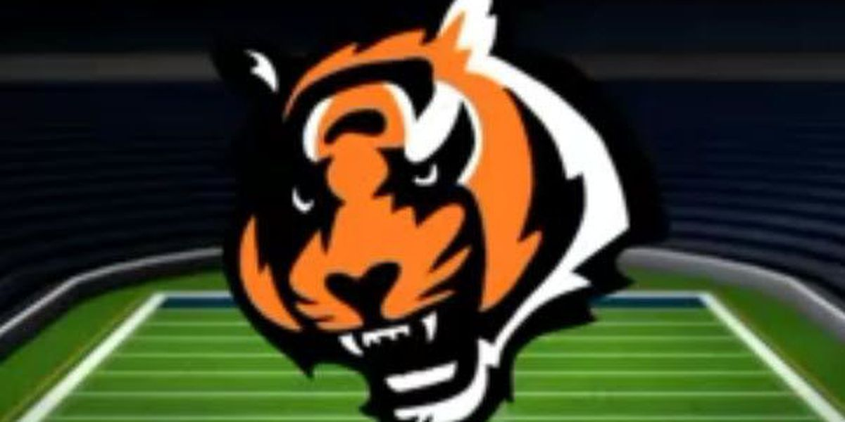 Nugent misses game winning field goal in OT, Bengals tie Panthers, 37-37