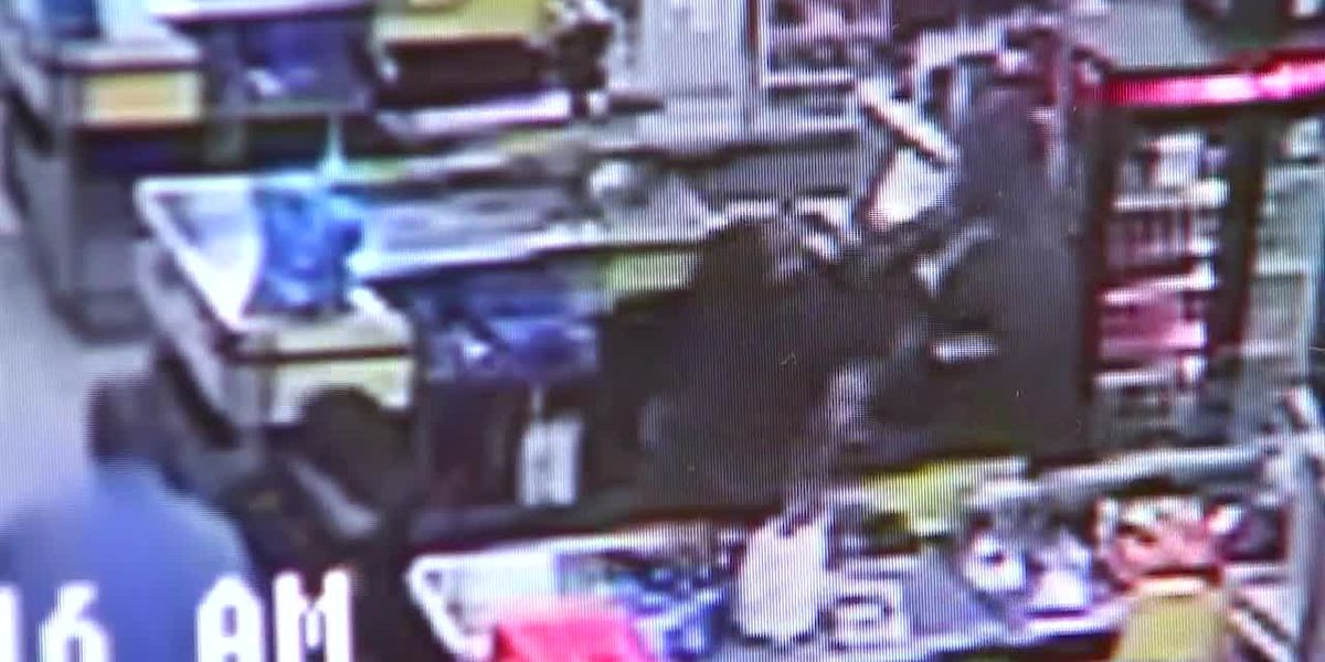 Video shows suspect punch 60-year-old woman, throw her mother to ground at Ga. grocery store