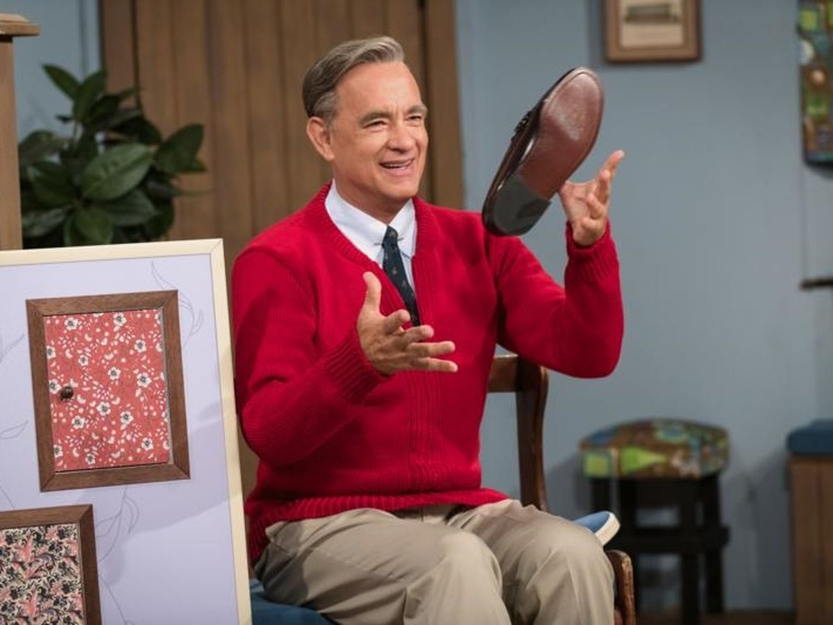 Tom Hanks becomes Mr. Rogers in ′A Beautiful Day in the Neighborhood'