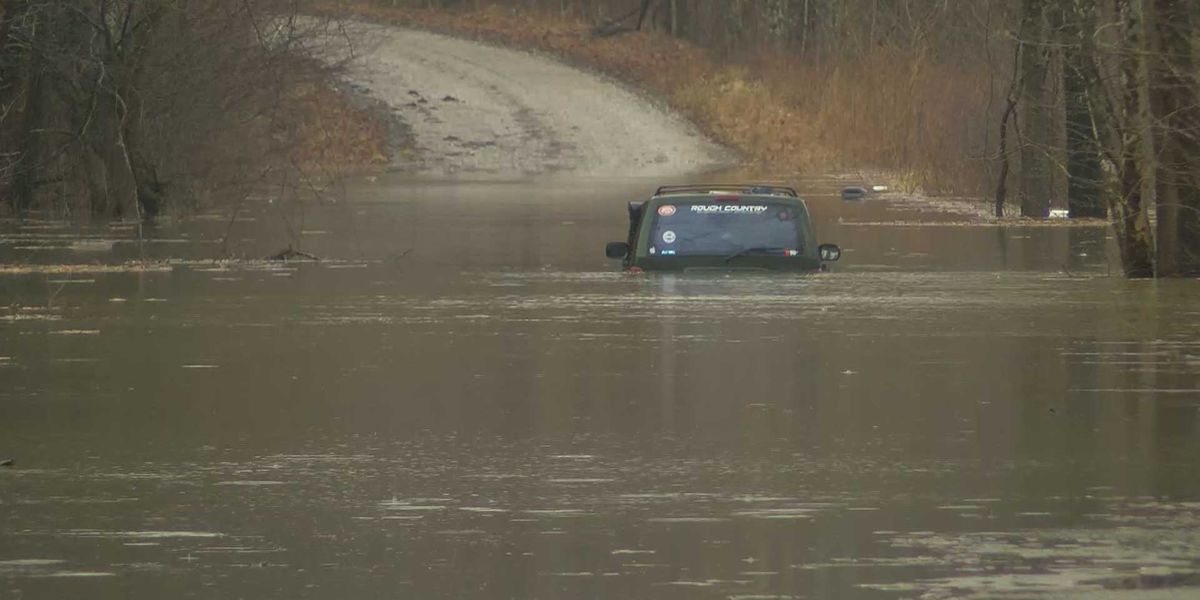Group rescued from IN floodwaters after spending night on roof of car