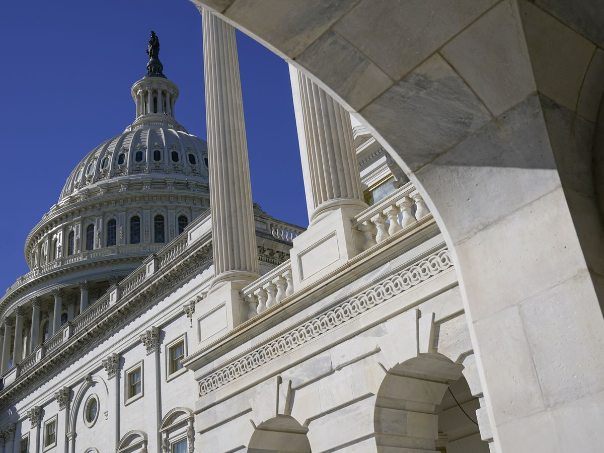 By slimmest of margins, Senate takes up $1.9T relief, stimulus checks bill