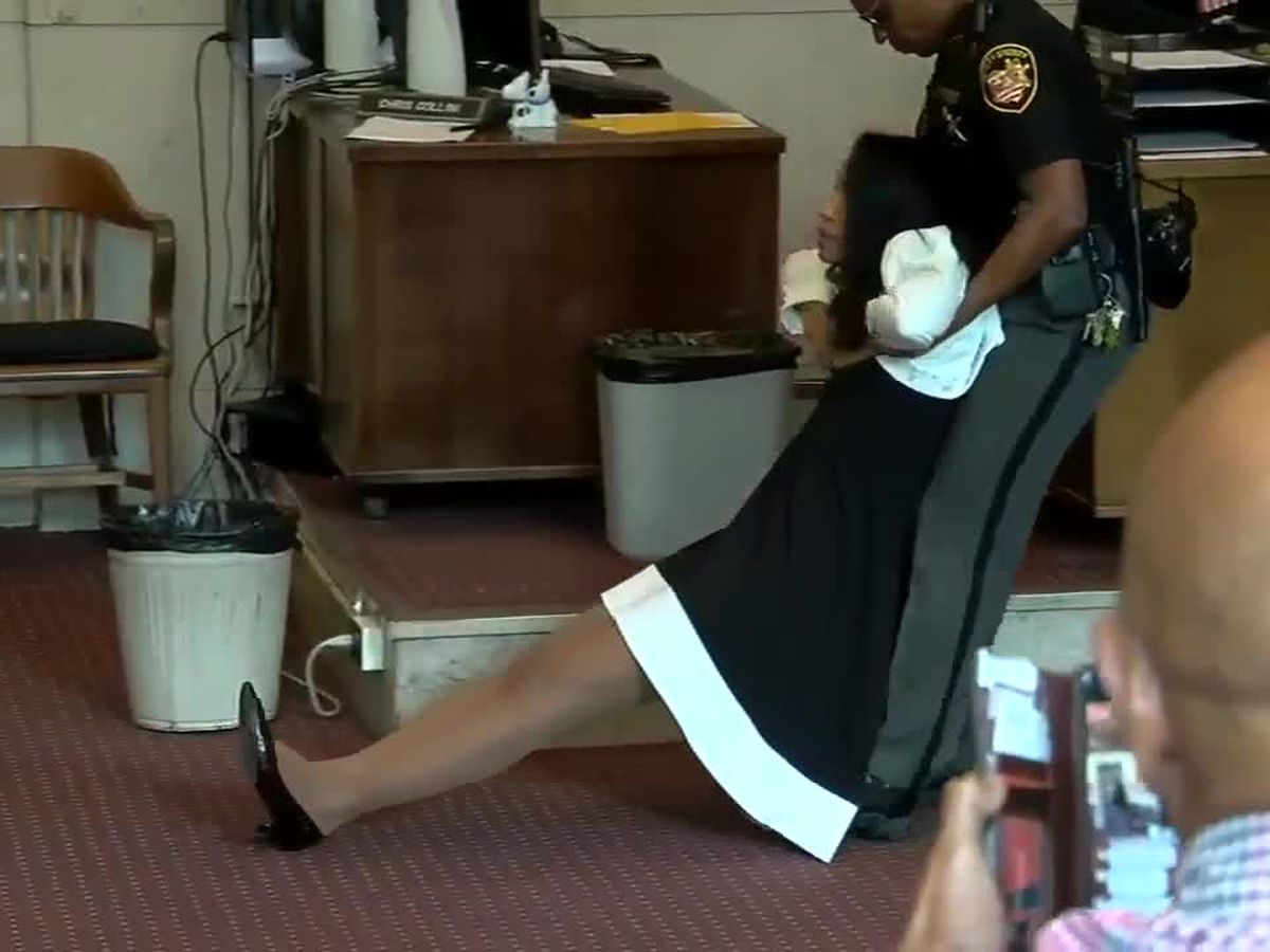 VIDEO: Chaos in the courtroom as former judge Tracie Hunter sentenced to 6 months in jail