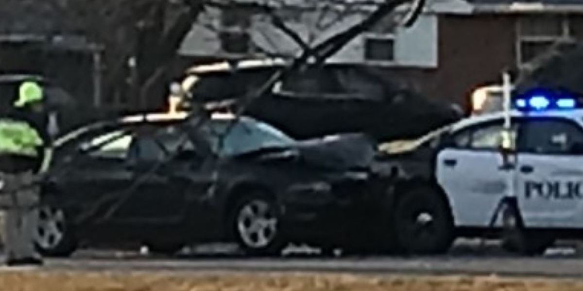 Crash into Springdale police cruiser sends officer, 2 drivers to hospitals