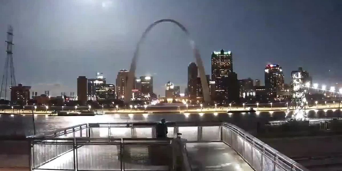 Possible meteor lights up the sky over st. Louis Gateway Arch - clipped version