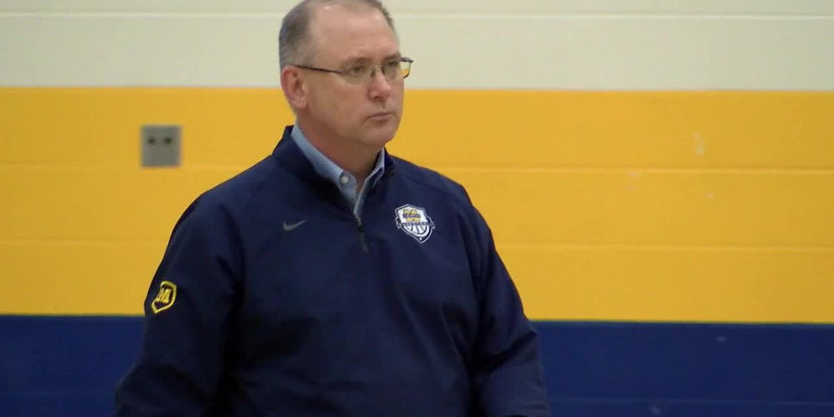 Moeller chasing history with perfect record