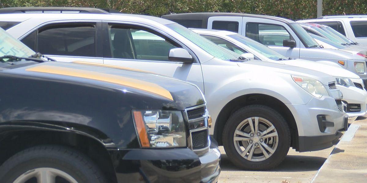 Uber, Lyft urge Ohio to resume requiring front license plate
